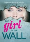 {Girl in the wall: Daphne Benedis-Grab}