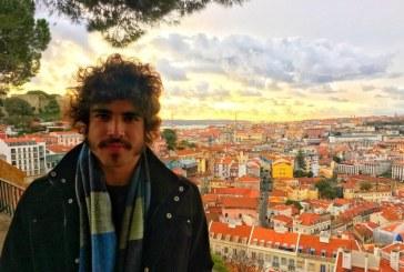 Caio Castro está em Portugal a preparar nova novela