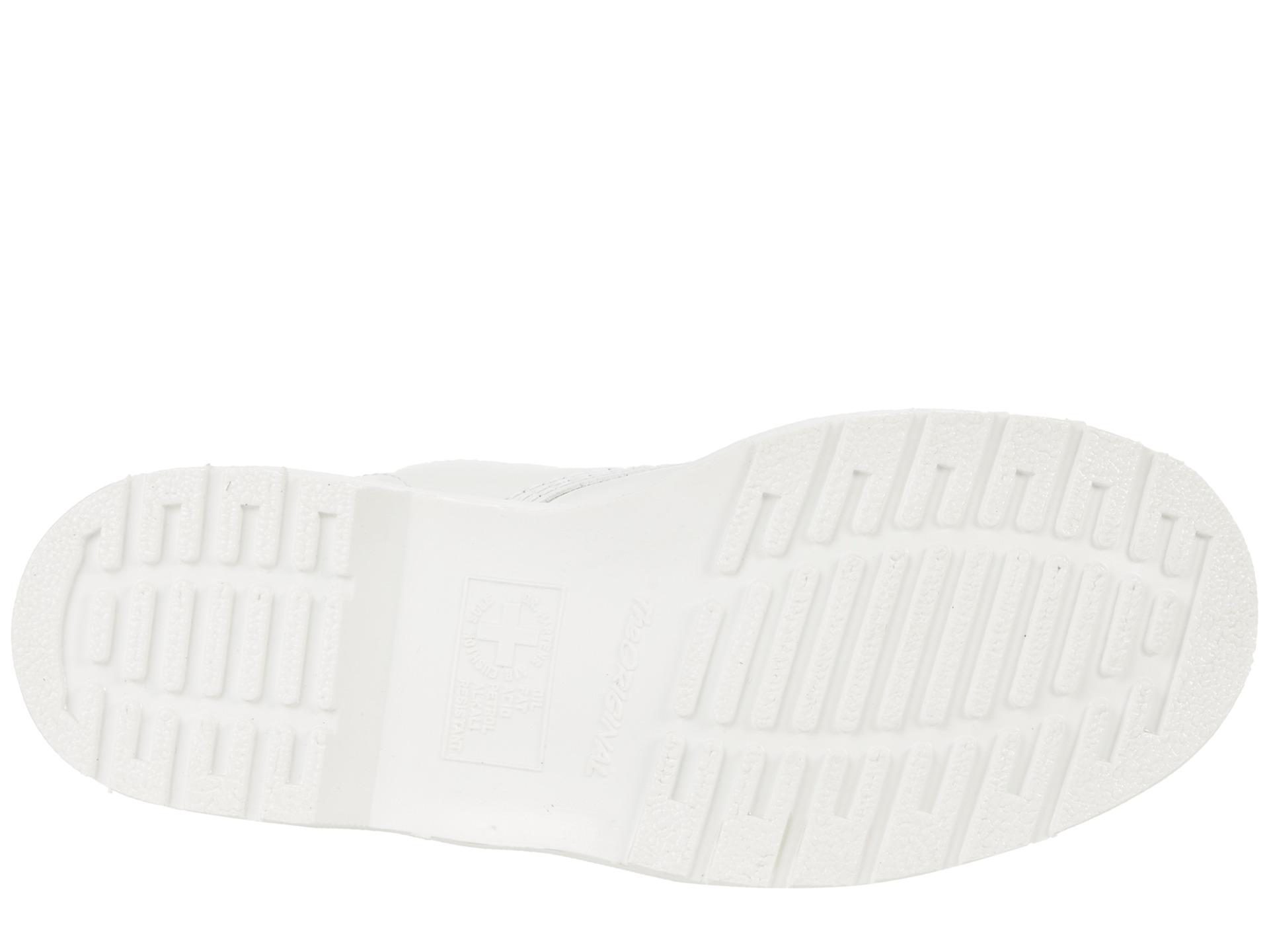 Dr Martens 8 Tie Boot