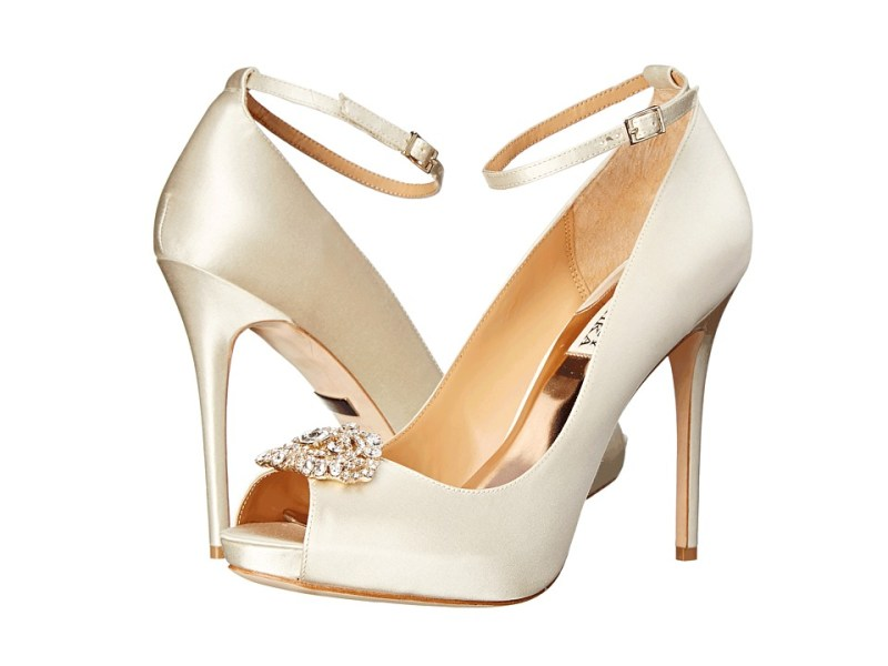 Badgley Mischka Finley (Ivory Satin) High Heels
