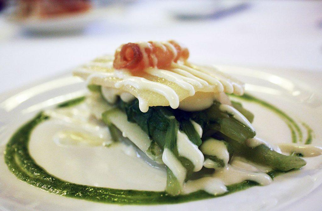 Platos típicos de Zaragoza - Borrajas de Casa Lac, restaurante mítico de la ciudad de Zaragoza situado muy cerca de Plaza España