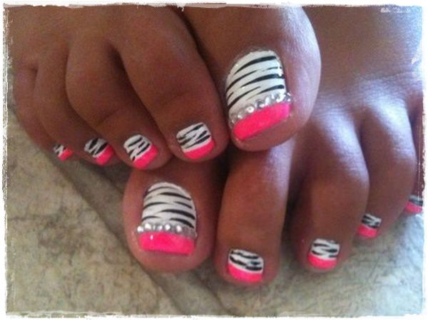 21 Beautiful And Appealing Sles Of Acrylic Nail Designs