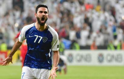 النجم السوري عمر خريبين أفضل لاعب في آسيا لعام 2017