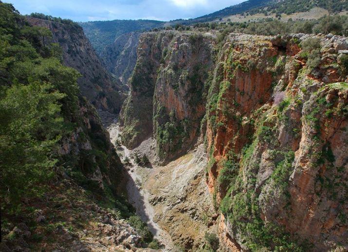 Στο φαράγγι της Αράδαινας ο Ορειβατικός Σύλλογος Χανίων - zarpanews.gr