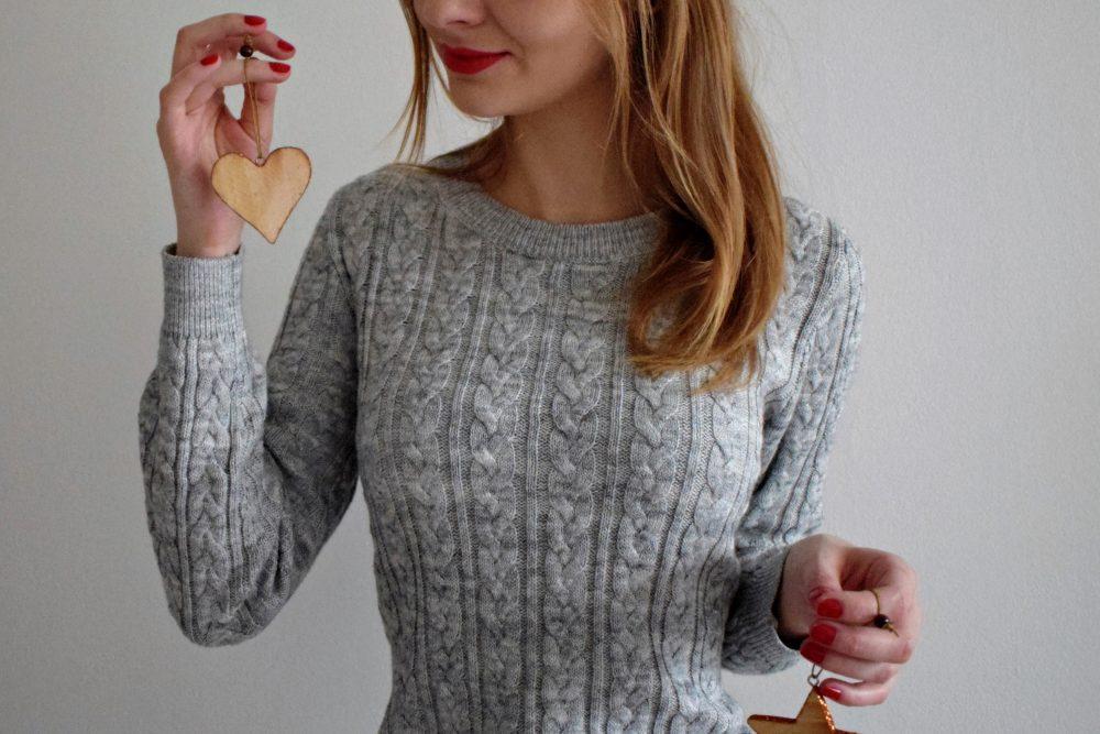 Grudniowy look / Sweter i szkocka krata