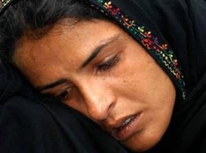 muslim woman suffering face