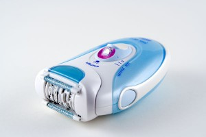 Shaving razor (Electric shaver for women).