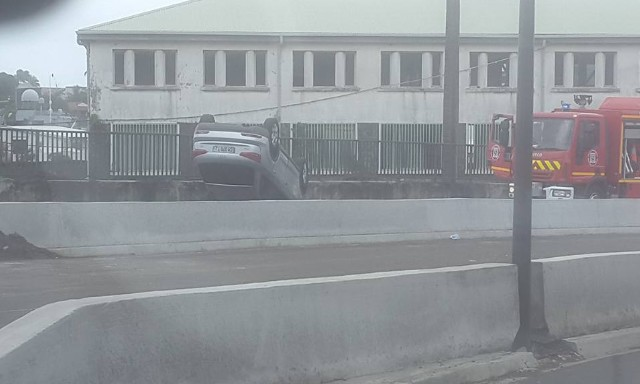 AccidentSainteThereseFortdeFrance18Fevrier2016