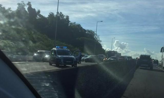 #ZayActu : Une opération molokoy est en cours actuellement sur l'autoroute | ZayRadio.org