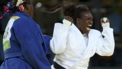 Photo of La martiniquaise Émilie Andéol remporte la médaille d'or de judo
