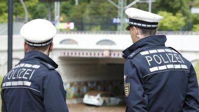 Photo of Un homme flatule à proximité d'une policière. Condamné à payer 900€, il gagne son procès en appel
