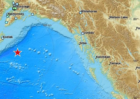 La côte ouest est en alerte — Menace au tsunami