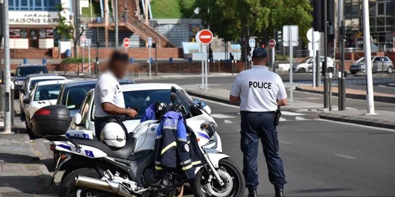 Contrôles routiers de la Police Nationale de Martinique. Photo : Police Nationale de Martinique.