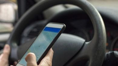 Photo of Téléphone au volant : une amende de 135€ et un retrait de 3 points sur le permis de conduire