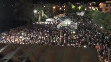 Photo of Des milliers de personnes à Saint-Pierre pour le concert de Mickaël Guirand