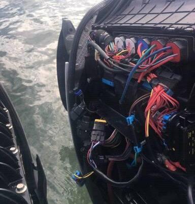 Vol pièce moteur 2