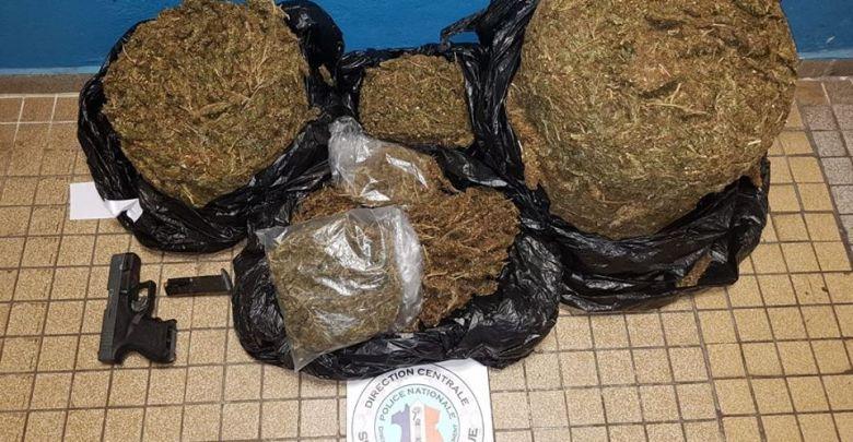 Trafic stupéfiants : un homme livré depuis 20 ans au commerce illicite entre Sainte-Lucie et la Martinique interpellé