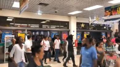 Photo of Le Black Friday, c'est aussi en Martinique. Ils étaient nombreux au centre commercial La Galleria