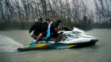 Photo of Bahamas : équipés d'un jet ski, ils sauvent plusieurs vies lors de l'ouragan Dorian