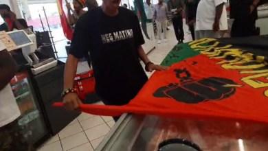 Photo of Appel au boycott : les militants investissent Carrefour Cluny qui ferme ses portes (VIDÉOS)