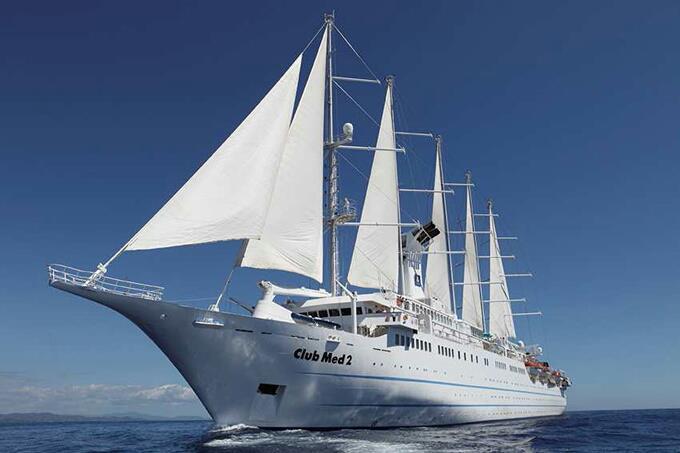Le navire, le Club Med 2.