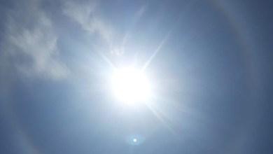 Photo of Un halo solaire aperçu dans le ciel ce dimanche en milieu de journée