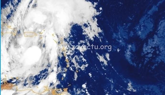 Naissance de la tempête tropicale Isaias en pleine mer des Caraïbes