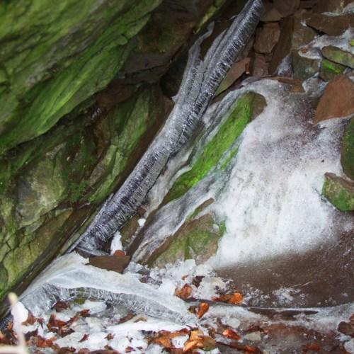 Buková hora, Sněhová jeskyně – České středohoří
