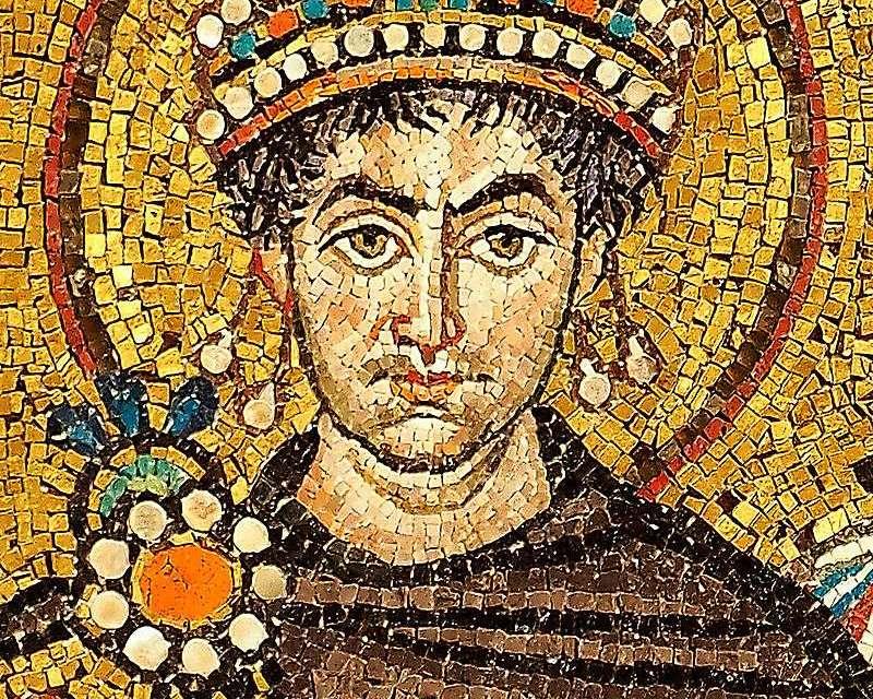 Археолошки прилог утврђивању словенског порекла Светог Јустинијана Великог Управде и изгледа његове иконе