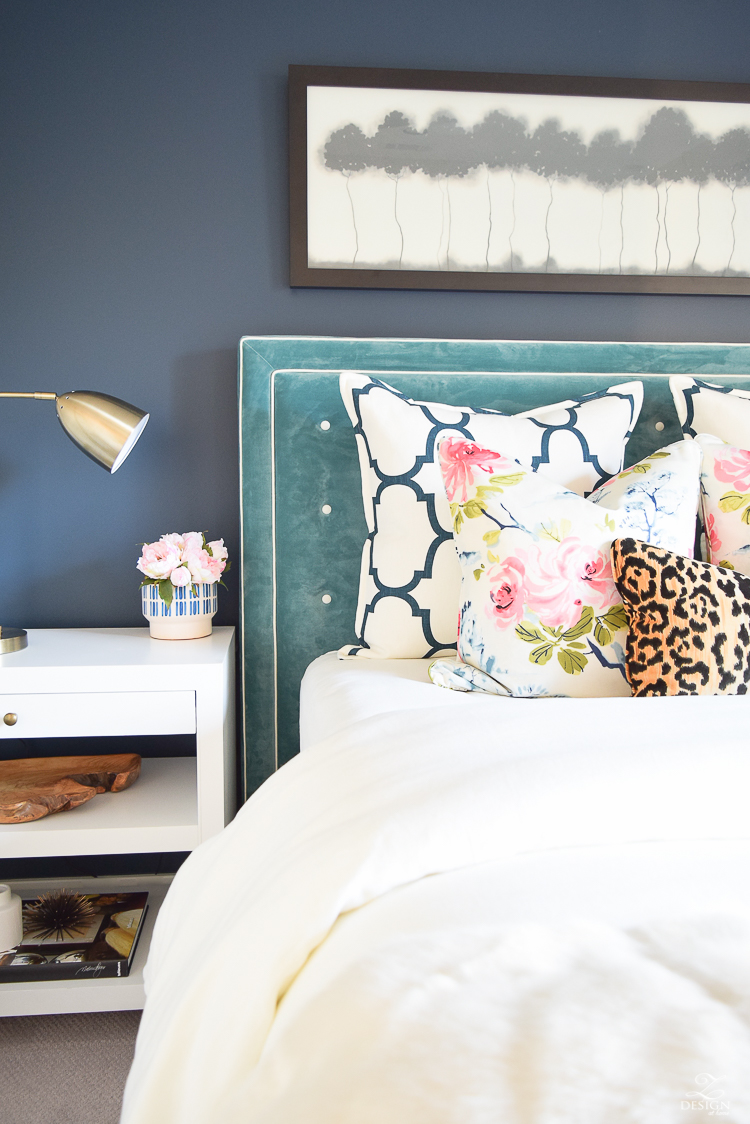 6 Beautiful Ways To Decorate With Velvet Zdesign At Home