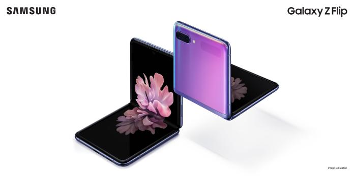 Galaxy Z Flip Hands On Stronger Hinge With Practical Benefits Zdnet