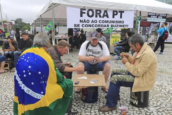 Acampamento Araupel.Curitiba, 24-11-15.Foto: Arnaldo Alves / ANPr.