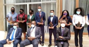 Danny Kaya Receives An Award From Ministry Of Health