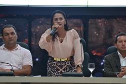 A vice prefeita, Angela Pereira, representou o prefeito Valmir Mariano