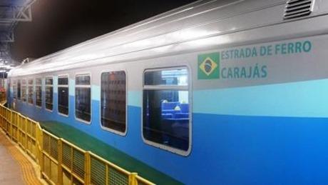 foto novo trem efc_visao externa vagao