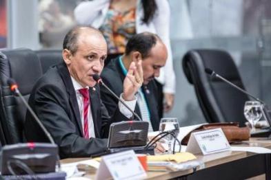 Euzébio Rodrigues (PT) fez a leitura do projeto