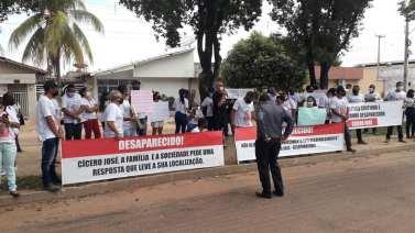 Redenção: Familiares de candidato a vereador desaparecido protestam pedindo celeridade nas investigações