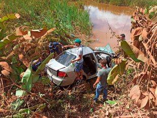 Novo Repartimento: Acidente com carro de passeio deixa quatro pessoas mortas na BR-230