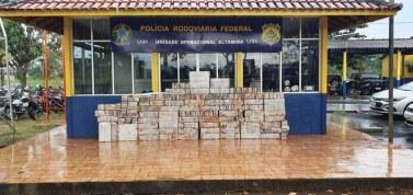 Altamira: PF e PRF apreendem quase 900 quilos de cocaína em fundo falso de carreta