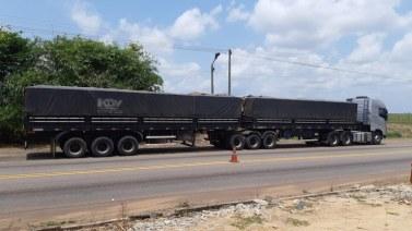 Marabá: PRF apreende 50 m³ de madeira sendo transportada ilegalmente