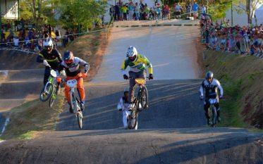 3º Pebas Jump, maior campeonato de radicais do estado do Pará, encerra sua temporada com recordes de participações.