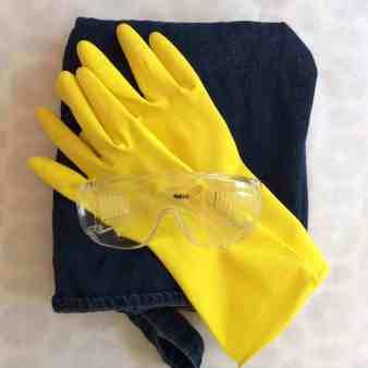 schort-handschoenen-bril