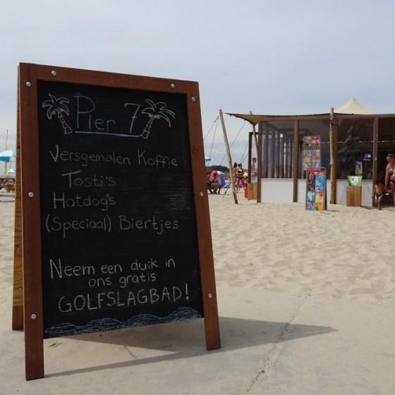 Pier 7: Zandpaviljoen op het badstrand van Vlissingen