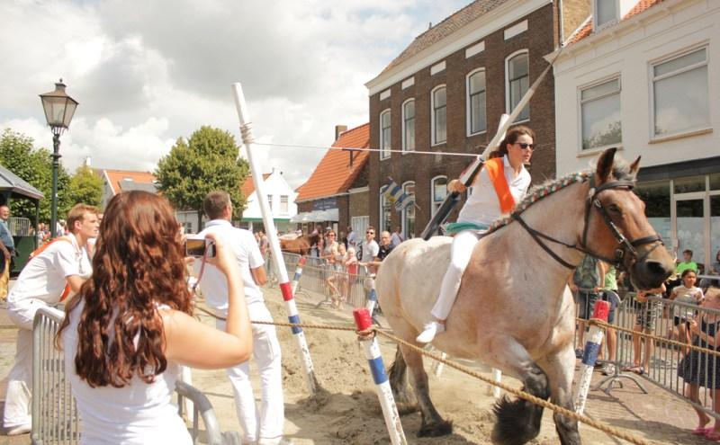 Ringrijden Zeeuwse folklore sport in Zeeland