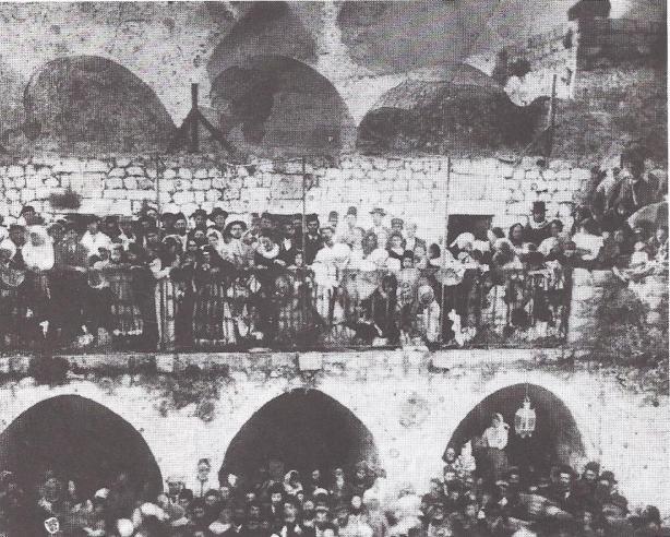 המרפסת שהתמוטטה צילום משנת 1885
