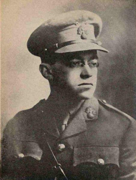 זאב ז'בוטינסקי במדי הגדוד העברי במלחמת העולם הראשונה