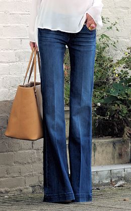A jeans flare brut