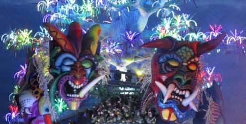 Carnevale 2017: tutti i carri di Viareggio, Putignano e Cento. Nel prossimo weekend la seconda sfilata