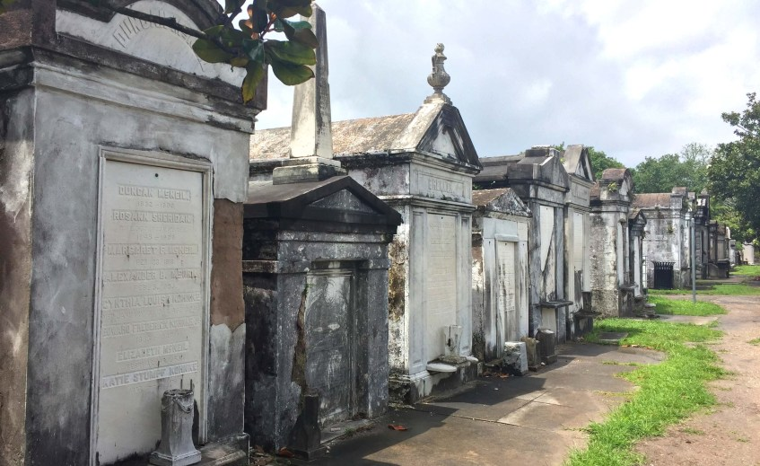 Top 16 Things To Do in New Orleans   Lafayette Cemetery   Garden District   New Orleans, LA (USA)