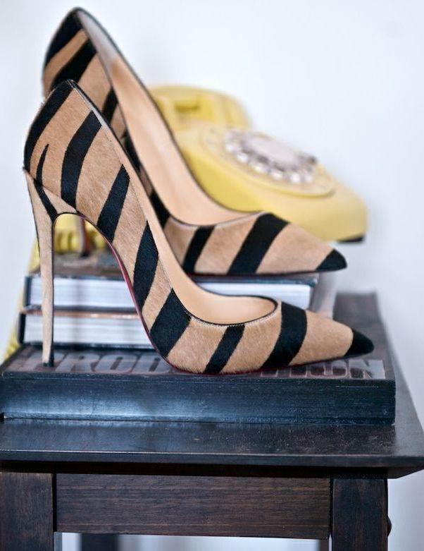 nubuk çizgili stiletto ayakkabı